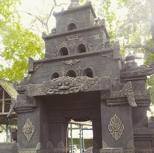 Tempat Wisata Madiun Terbaik Cocok Bersama Keluarga Situs Nglambangan Bersejarah