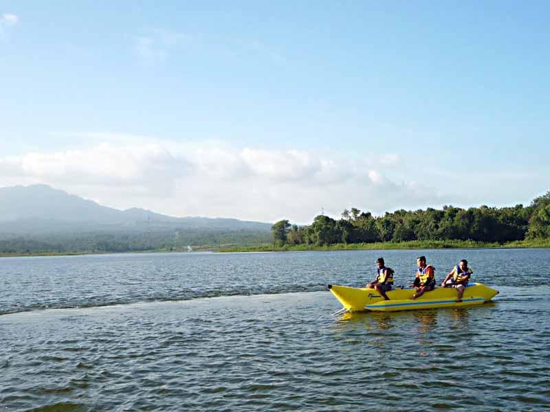 5 Obyek Wisata Madiun Patut Dikunjungi Bendungan Bening Sun City