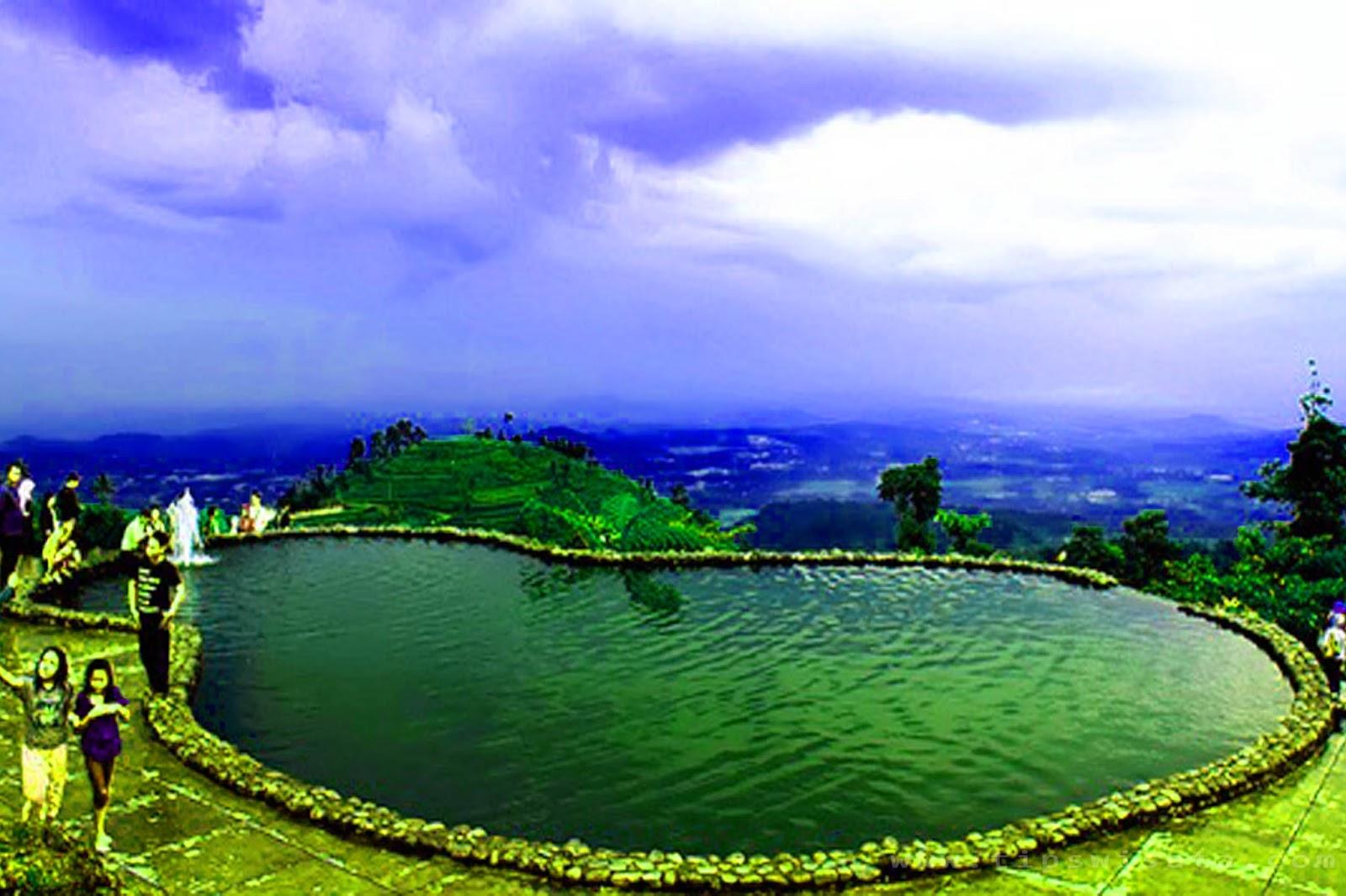 14 Tempat Wisata Madiun Patut Kunjungi Taman Umbul Square Air