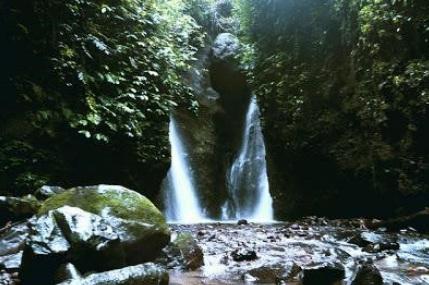 8 Tempat Wisata Madiun Wajib Kunjungi Air Terjun Seweru Taman