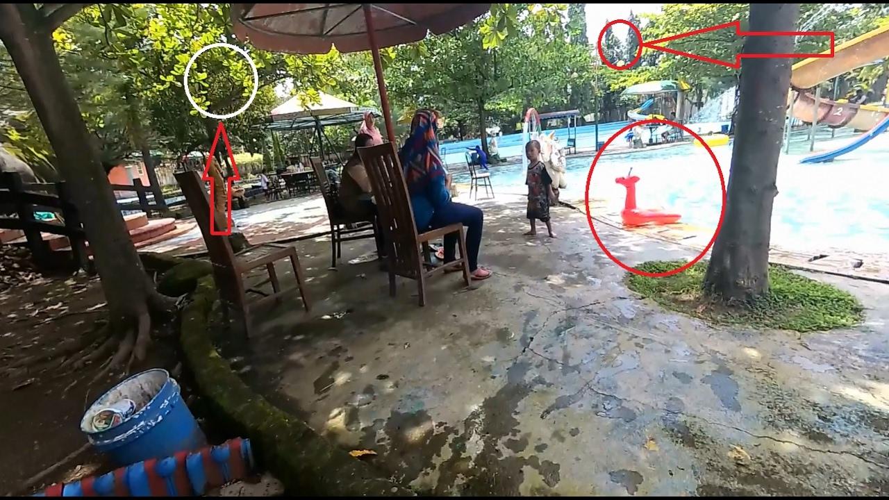 Bermain Air Area Kolam Renang Dumilah Park Thr Madiun Youtube