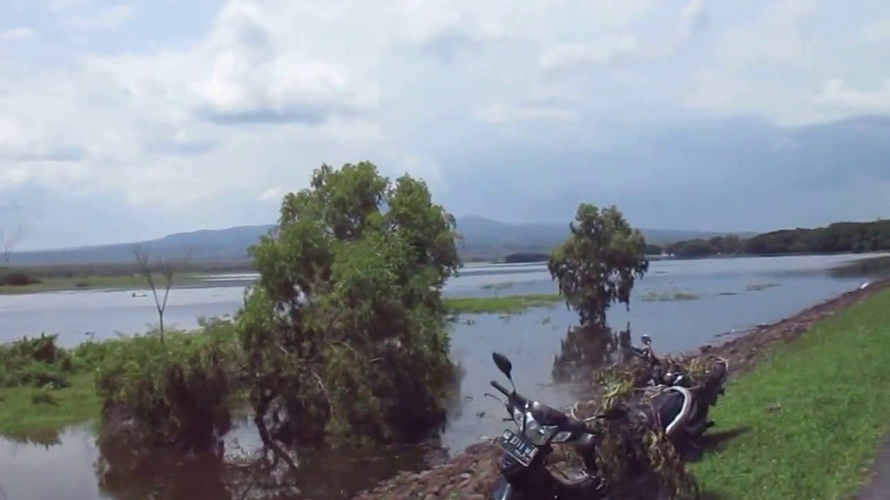 Cycling Waduk Bening Widas Dam Indonesia Saradan Kab Madiun