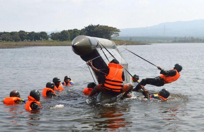 Latihan Pkp Prajurit Raider Antara Foto Yonif 501 Bajra Yudha