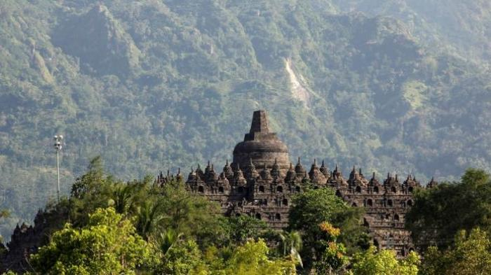 Siapakah Oknum Polisi Suka Bidik Sopir Bus Pariwisata Borobudur Kab