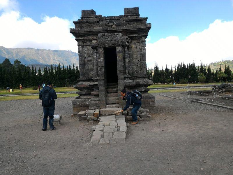 28 Gambar Candi Prasasti Peninggalan Kerajaan Mataram Kuno Srikandi Gunung