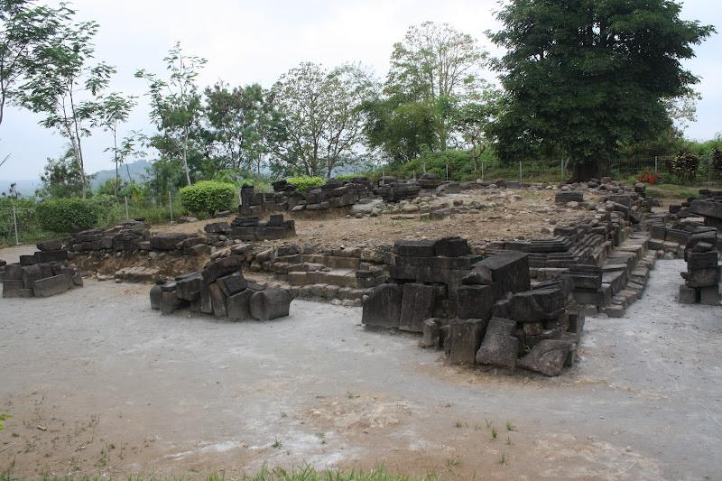 Candi Gunungsari Situs Sejarah Tercecer Sportourism Gunung Sari Kab Magelang