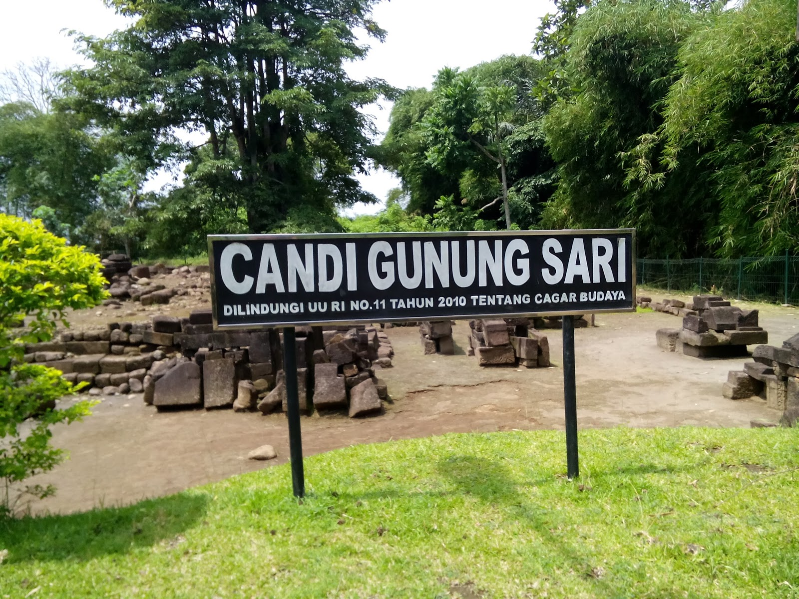 Kompleks Candi Gunungsari Magelang Jawa Tengah Gunung Sari Kab