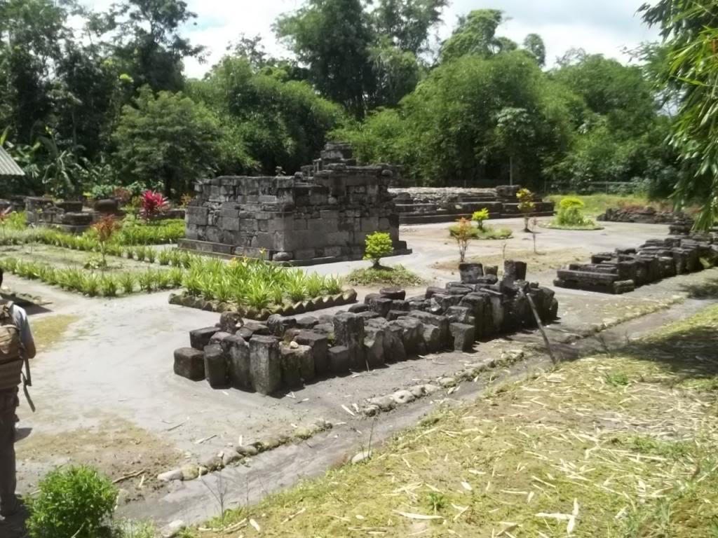 Jangan Melulu Borobudur Magelang Punya 13 Candi Mempesona 11 Gunung