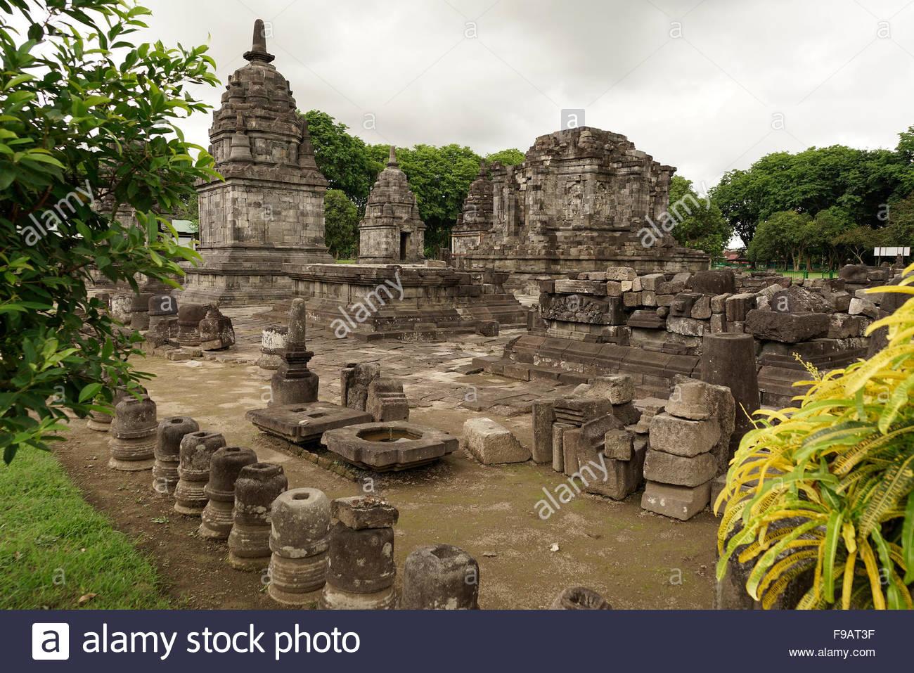 Candi Lumbung Temple Part 9th Century Hindu Compound Prambanan Central