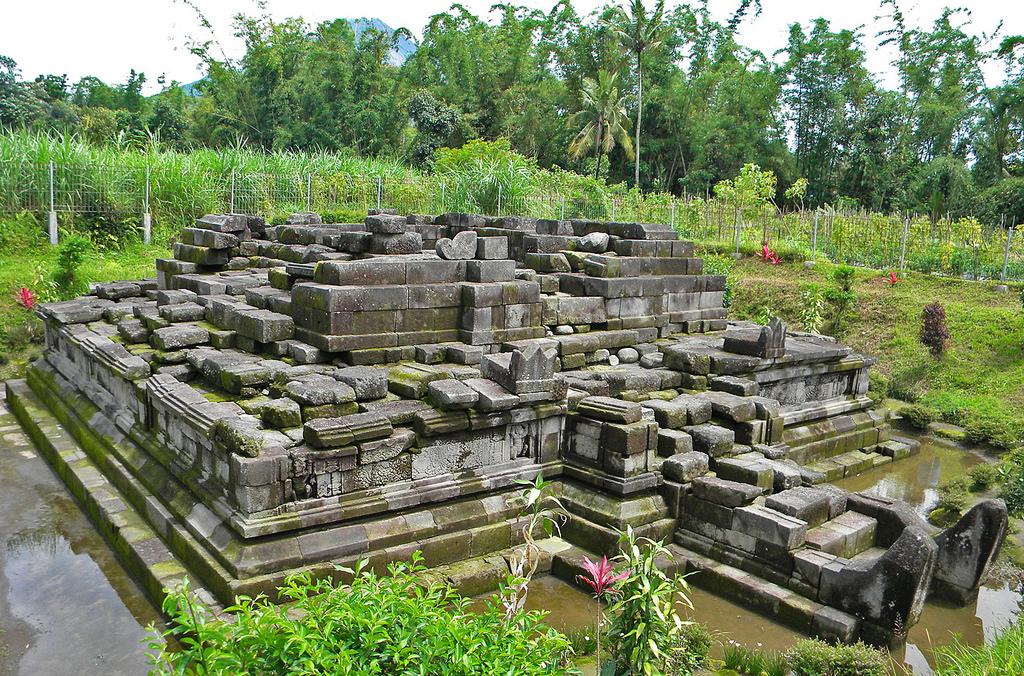 Magelang Jawa Tengah Candi Pendem Sengi Lokasi Dsn Flickr Indonesia