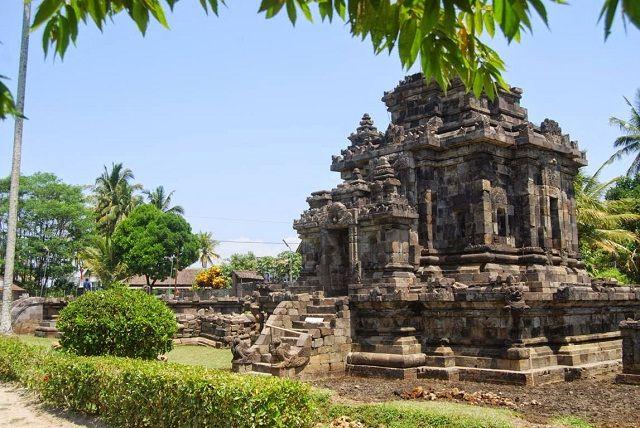 Wisata Candi Ngawen Magelang Bercorak Buddha Tempat Gambar Foto Muntilan