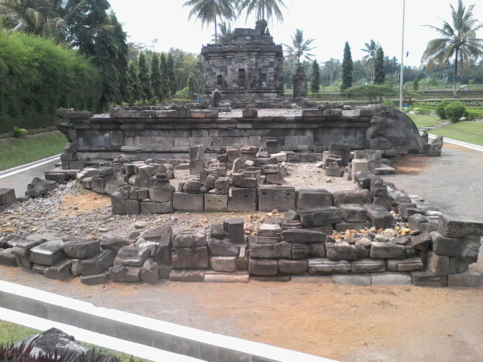 Cagar Budaya Candi Ngawen Berada Muntilan Magelang Jawa Sebagai Bangsa