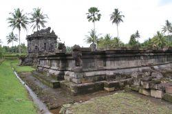 Candi Ngawen Jawa Tengah Kepustakaan Terletak Desa Kecamatan Muntilan Kabupaten