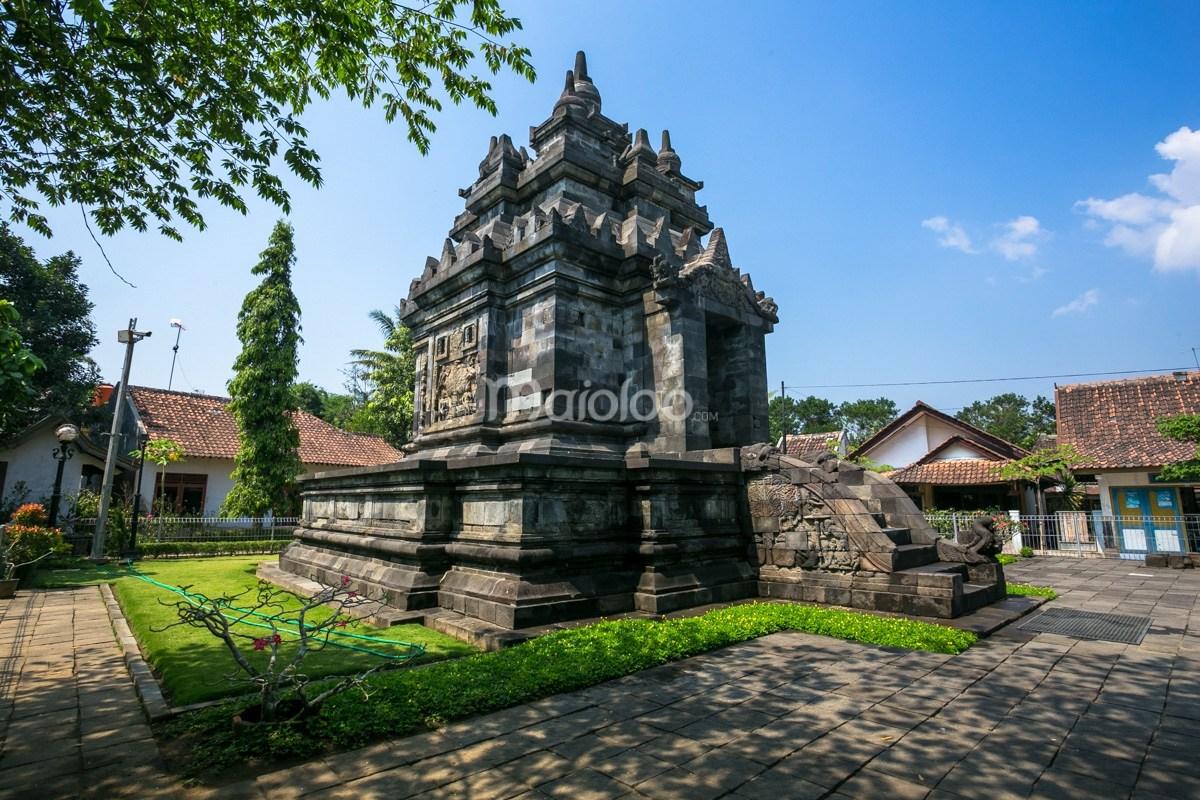 Candi Pawon Kisah Balik Lubang Angin Magelang Jawa Tengah Ngawen