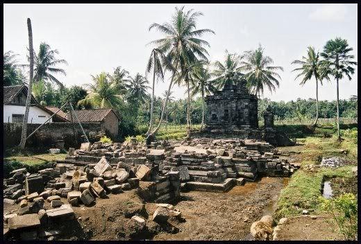 Magelang Jawa Tengah Candi Ngawen Lokasi Berada Kira Flickr Indonesia