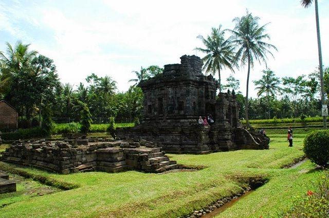 Wisata Candi Ngawen Magelang Bercorak Buddha Tempat Gambar Foto Wilayah