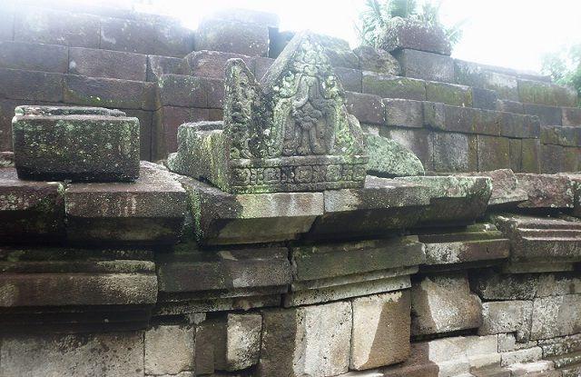 Wisata Candi Bercorak Hindu Pendem Magelang Tempat Indonesia Travel Kab