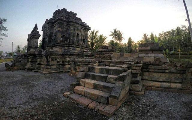Wisata Candi Ngawen Magelang Bercorak Buddha Tempat Indonesia Travel Pendem