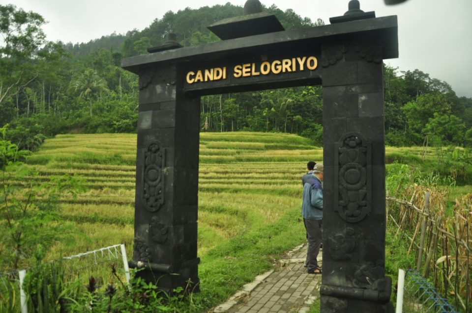 Aditya Pratomo Blog Magelang Sebuah Sentimental Journey Borobudur5 Selogriyo6 Candi