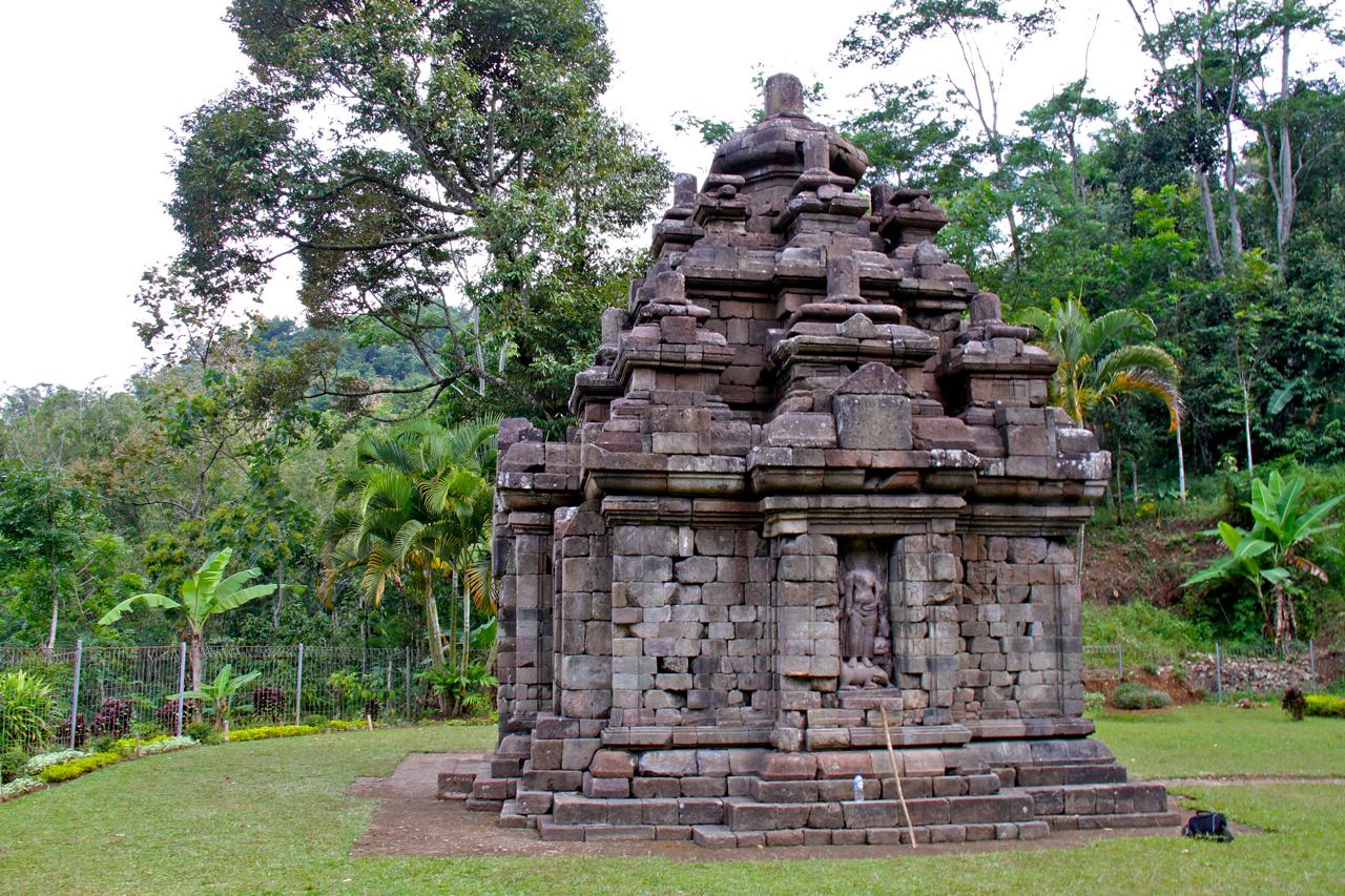 Obyek Wisata Candi Selogriyo Magelang Jawa Tengah Kondisi Selogrio Kab