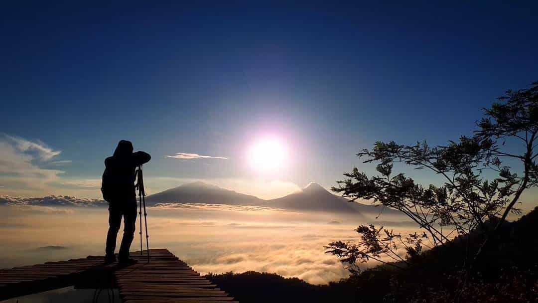 Keindahan Objek Wisata Punthuk Mongkrong Magelang Ulinulin 3 Menikmati Sunrise