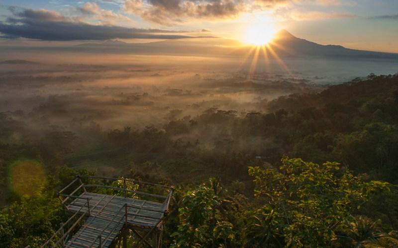Sunrise Terbaik Magelang Layak Dikunjungi Merapi Merbabu Sumbing Sindoro Gupakan