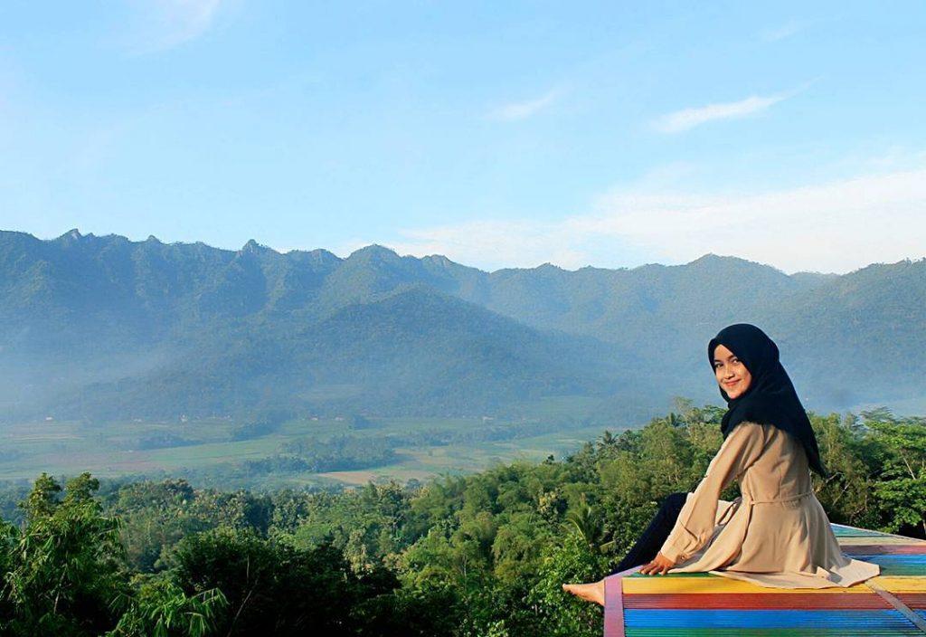 50 Tempat Wisata Magelang Jawa Tengah Wajib Dikunjungi Punthuk Setumbu