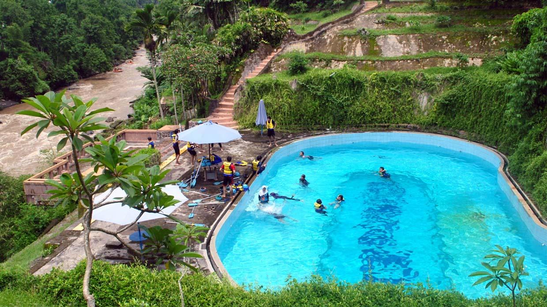 Destinasi Magelang Bakal Hits 2017 Citraelo Kolam Renang Base Camp
