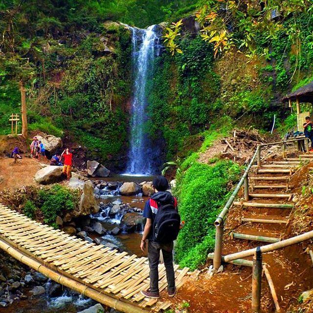 Wisata Curug Delimas Magelang Bakpia Mutiara Jogja Gardu Pandang Ndlimas