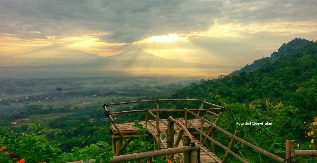 7 Rekomendasi Tempat Menyaksikan Sunrise Sekitar Candi Borobudur Gardu Pandang