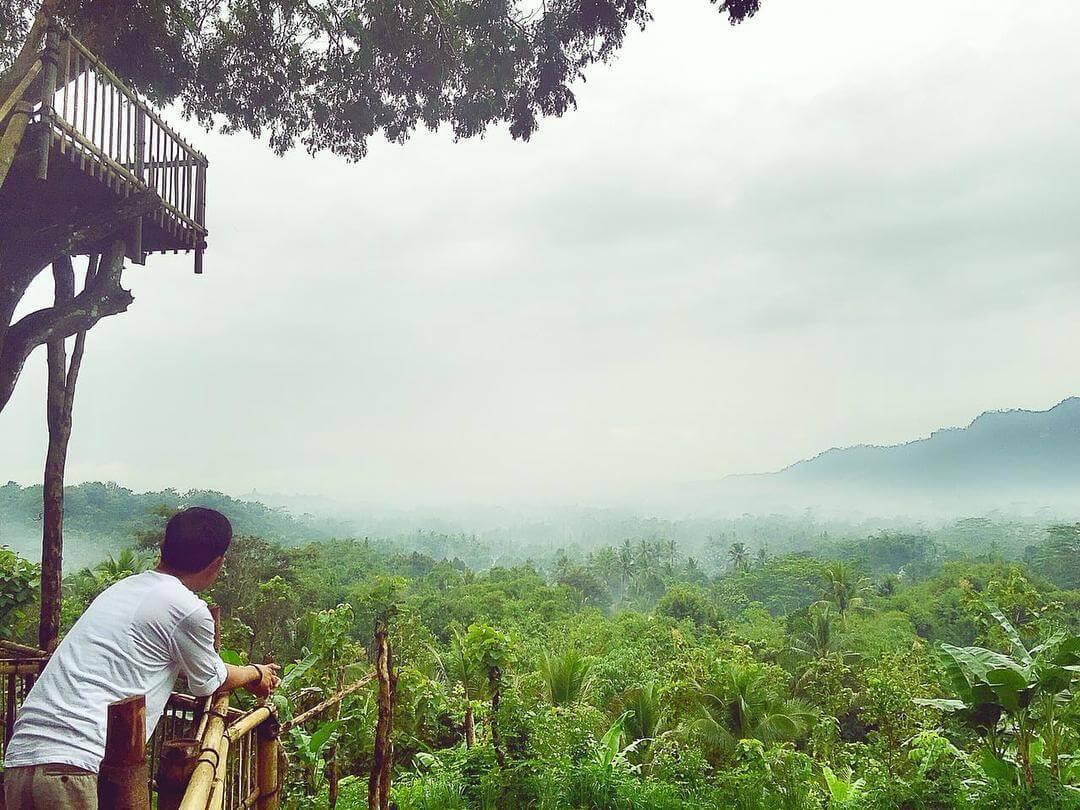 Catat 10 Destinasi Hits Instagrammable Magelang Segeralah Bukit Barade Gardu