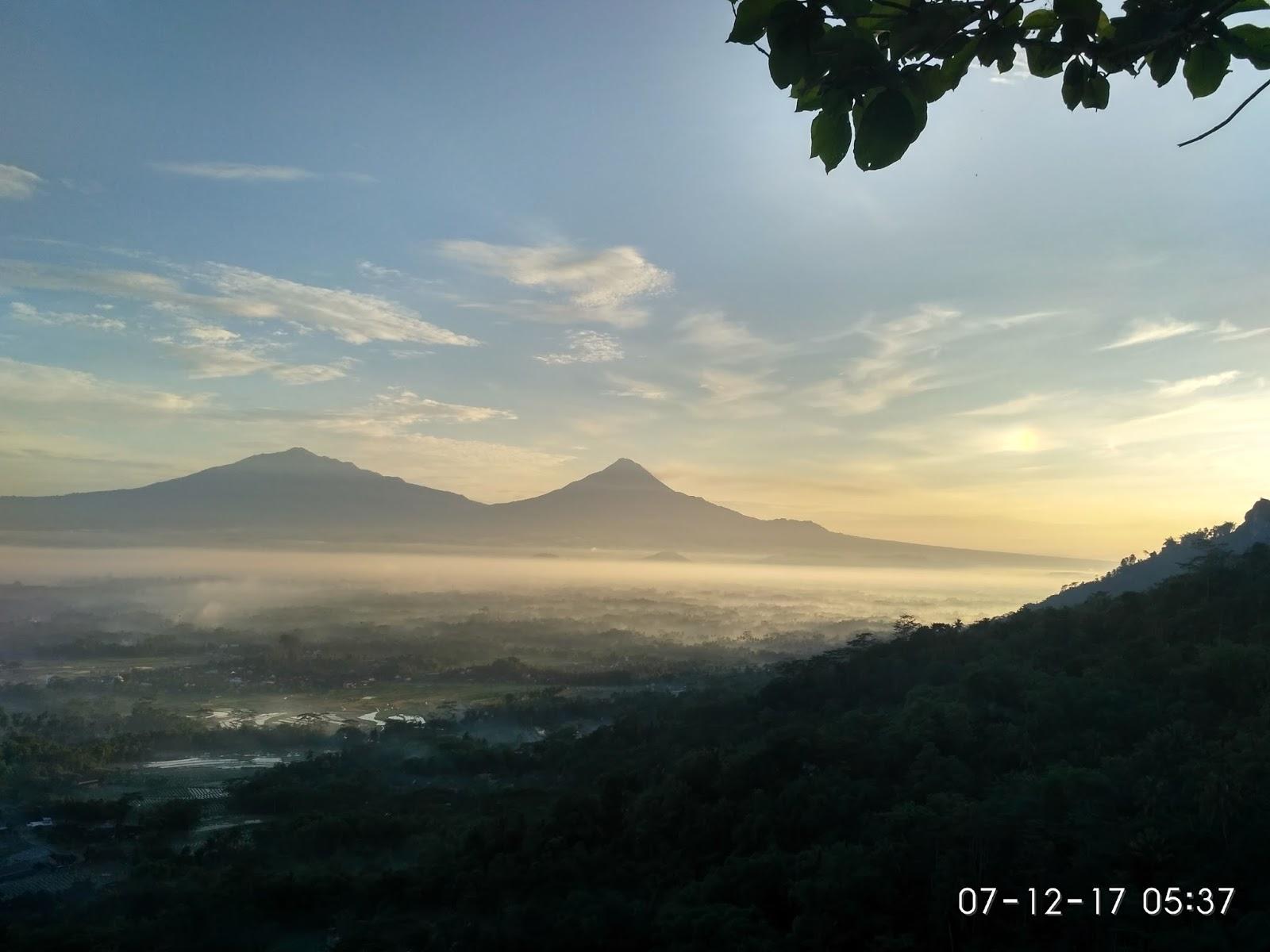 Mengejar Sunrise Punthuk Gupakan Traveling Diary Spot Foto Disana Photo