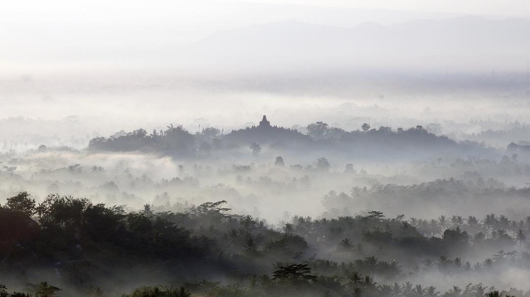 Top 17 Tempat Wisata Magelang Direkomendasikan Punthuk Setumbu Gardu Pandang