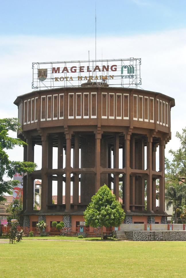 Kota Magelang Menara Air Gerbang Kerkhof Kab