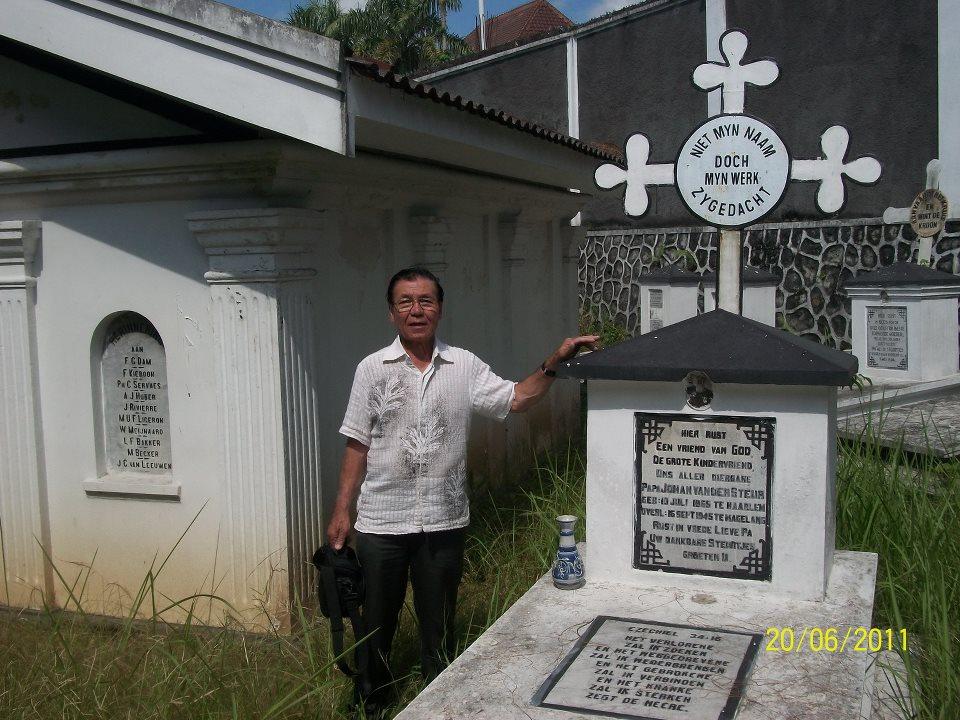 Sejarah Magelang Kerkhoof Makam Belanda Kota Image Gerbang Kerkhof Kab