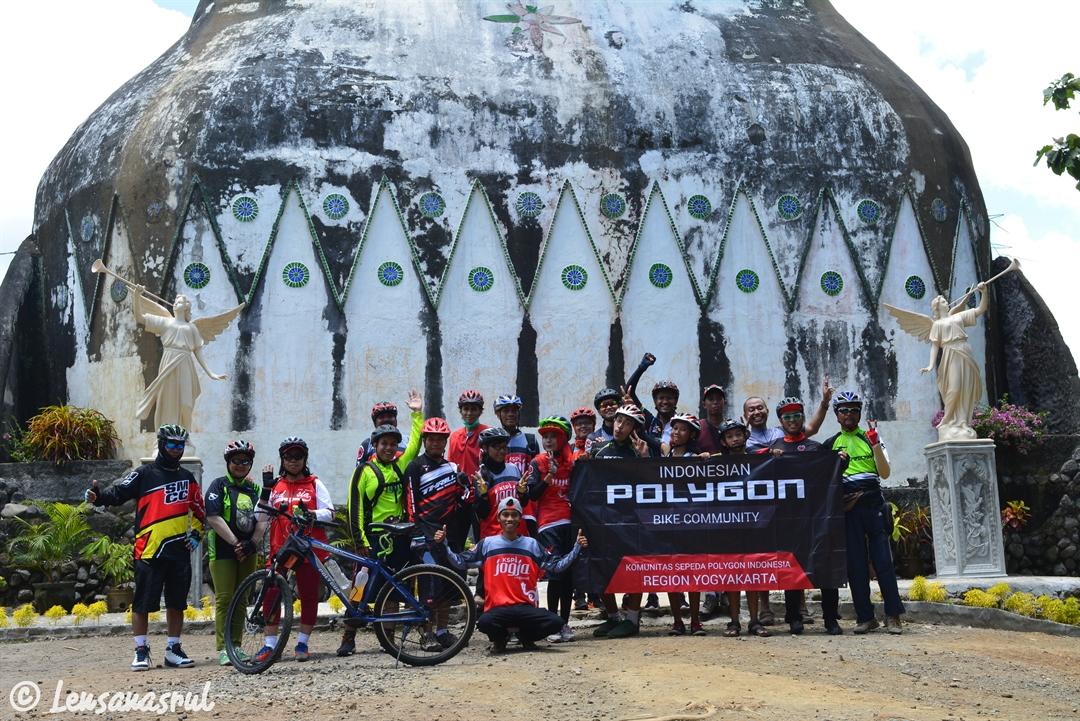 Candi Borobudur Gereja Ayam Bareng Komunitas Polygon Jogja Magelang Kab