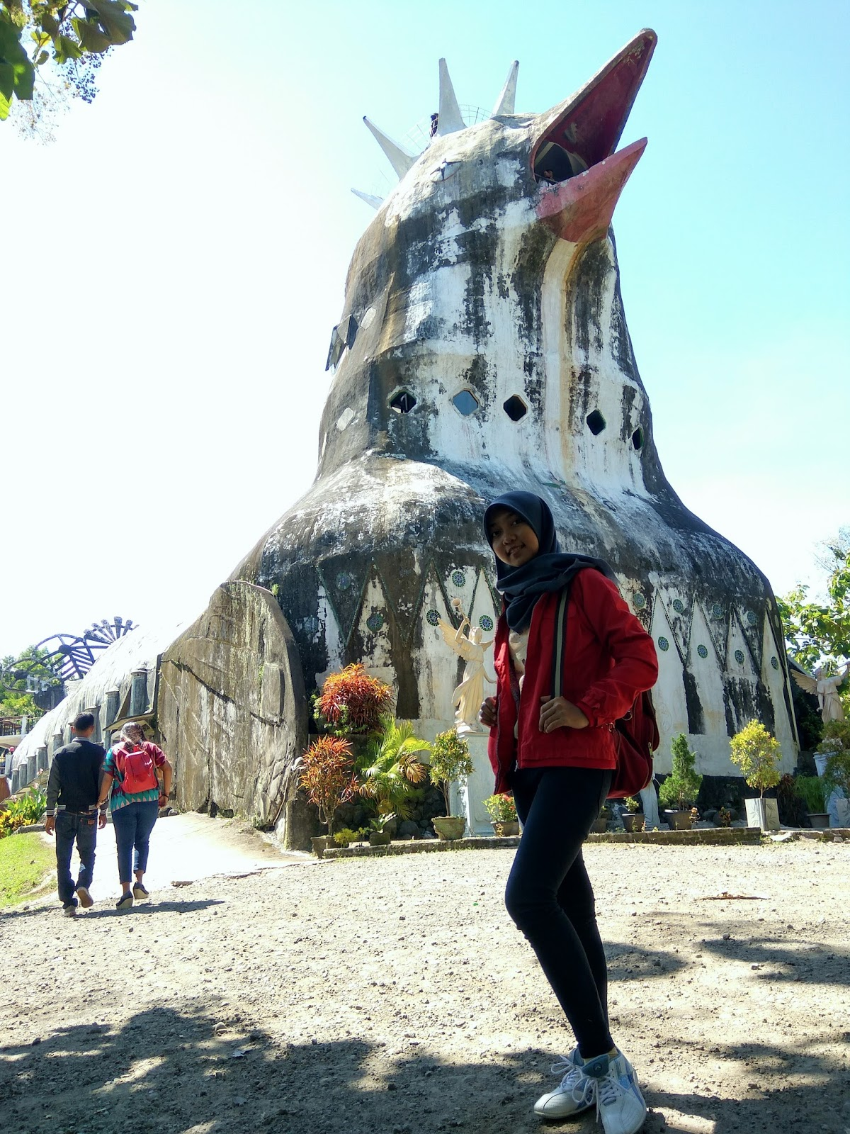 Gereja Ayam Bukit Rhema Magelang Triharyono Terletak Kabupaten Jawa Tengah