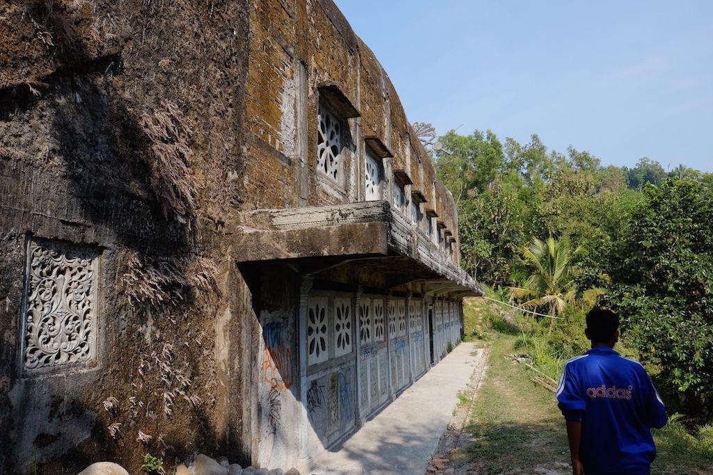 Jam Operasional Buka Tutup Bukit Rhema Gereja Ayam Magelang Kab