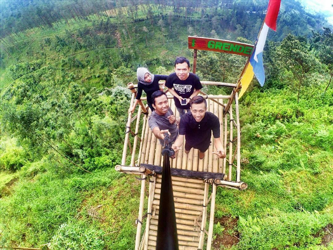 30 Wisata Magelang Biar Tripmu Gak Borobudur Melulu Jembatan Hati