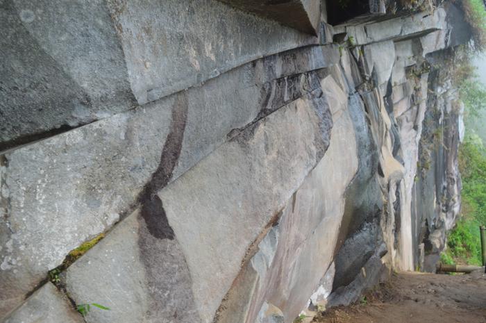Asmarainjogja Medianya Sahabat Muda Berita Tebing Batu Grenden Jembatan Hati