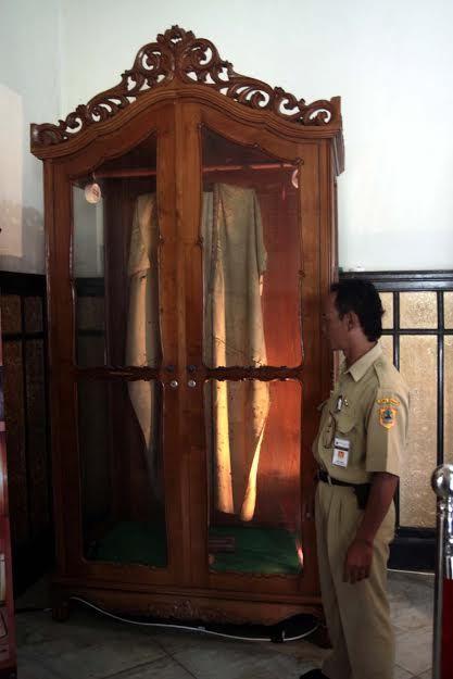 Melihat Goresan Kemarahan Jubah Kebesaran Pangeran Diponegoro Museum Kab Magelang