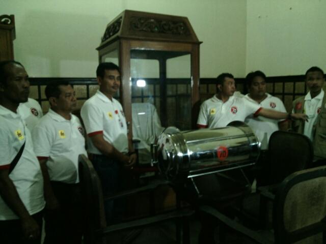 Nick Rasakan Hawa Magis Kapsul Waktu Disemayamkan Museum Image Diponegoro