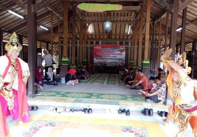 Wisata Underwater Magelang Super Keren Hpn Pwi Kabupaten Bagikan Buku
