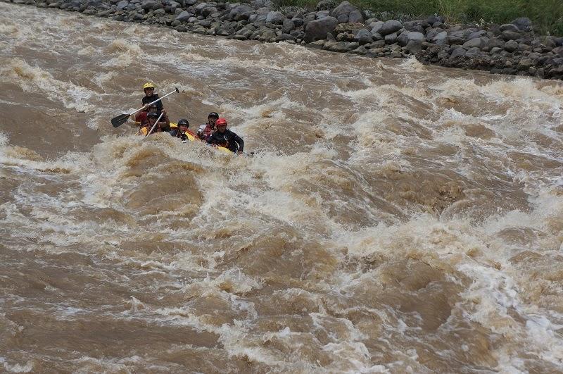Arung Jeram Progo Bawah Rafting Sungai Ello Kab Magelang