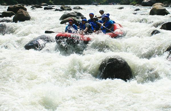 Rafting Elo Magelang Tour Wisata Jogja Sungai Ello Kab