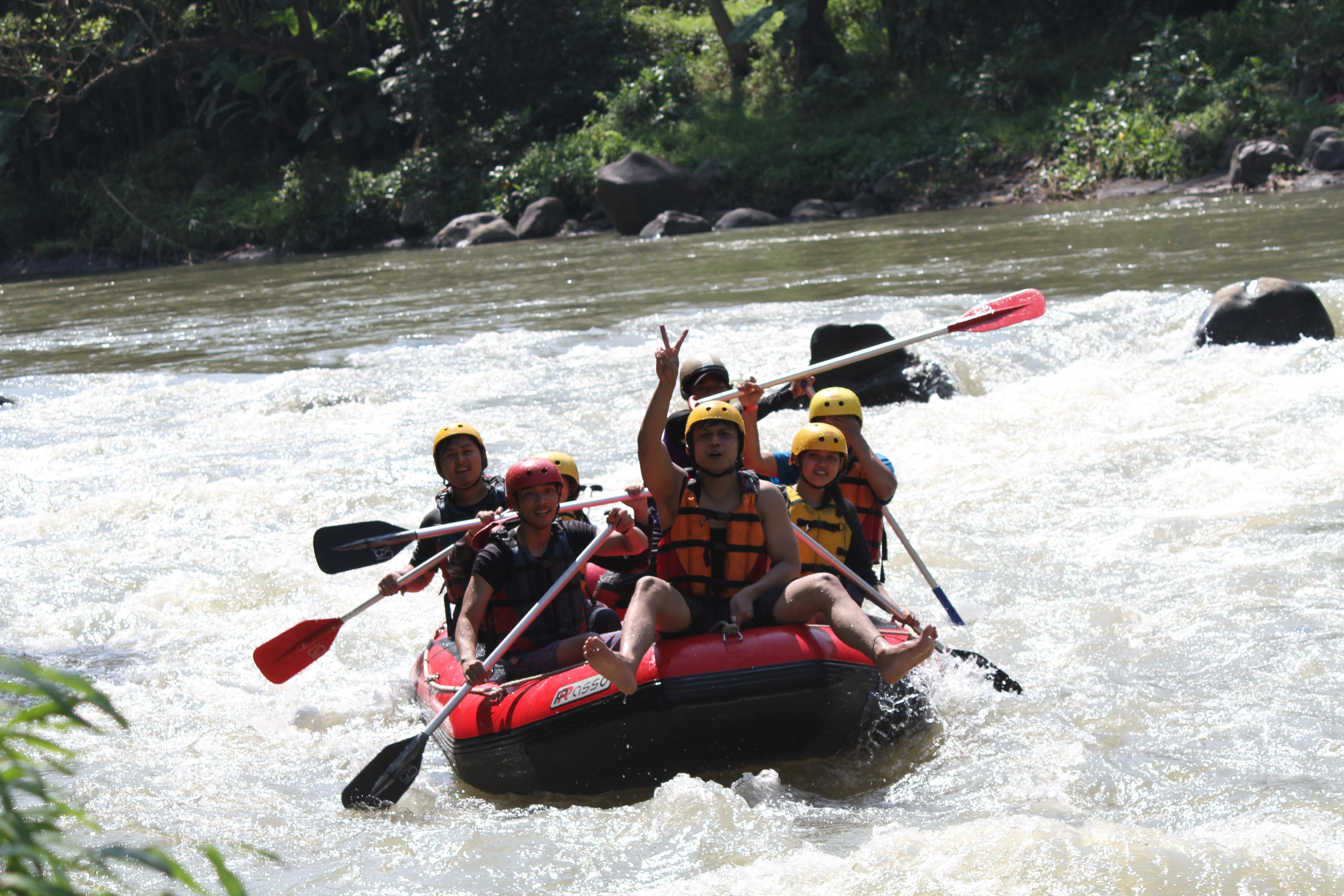 Rafting Sungai Elo Arung Jeram Magelang Keseruan Ello Kab