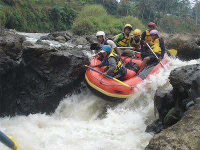 Sungai Elo Indonesia Nakarasido Hita Lovers Adventure Sports Tourism Arum