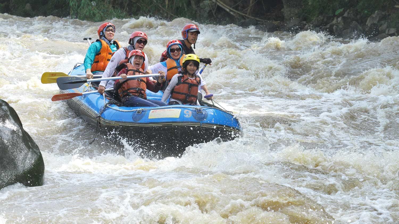 Wisata Arung Jeram Sungai Elo Progo Atas Rafting Destinasi Berada
