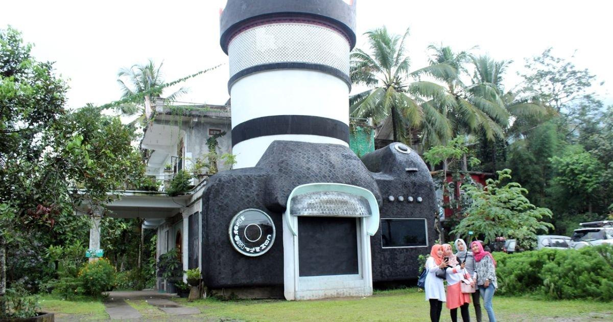 Ngaku Traveler Hits Kekinian Nggak Sah Mengunjungi Rumah Kamera Magelang