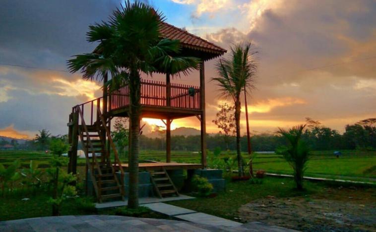 29 Tempat Wisata Magelang Terbaru Hits Dikunjungi Taman Badakan Kab